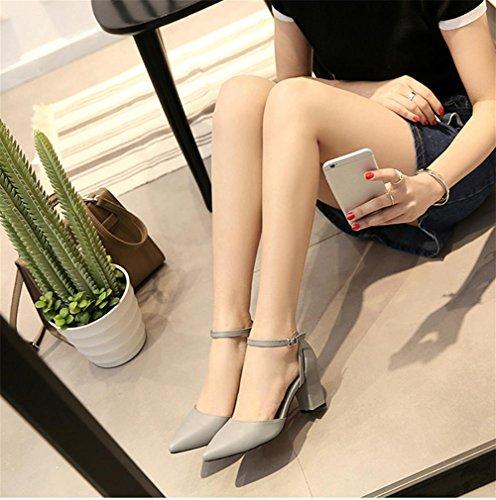 pengweiCouleur solide pointue avec un mot boucle Mme sandales de mode ¨¦t¨¦ Grey