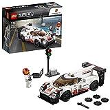 La course de 24 heures sera remportée par la fameuse Porsche 919 Hybrid LEGO Speed Champions, comprenant une cabine pour figurine, un pare-brise amovible et des détails authentiques. Ce set inclut une figurine, ainsi qu'une ligne de départ/ar...