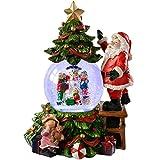WeRChristmas musikalische Schneekugel mit Weihnachtsmann und Bäumen, mit Farbwechsel, Weihnachtsdekoration, 23cm, Mehrfarbig