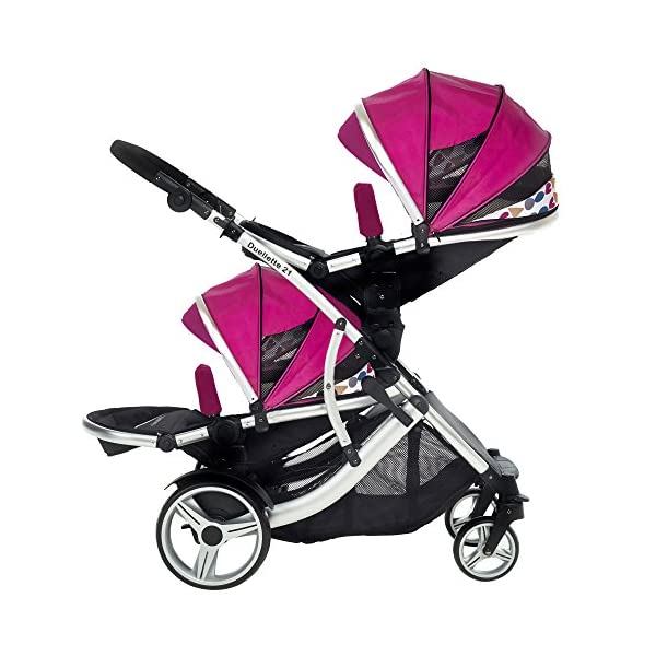 Duellette 21 BS Double Twin Pushchair with 2 footmuffs and Free Changing Bag. Complete with 2 seat units, & 2 rain covers. Dooglebug raspberry. compatible with kids kargo safety pod 0+ car seat Kids Kargo Various seat positions. Both seats can face mum (ideal for twins) Suitability Newborn Twins (if used with car seats) or Newborn/toddler. Accommodates 1 or 2 car seats Rain covers 4