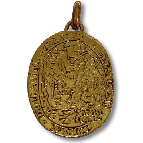 amulette-de-l-amour-medaille-de-catherine-de-medicis-en-metal-dore