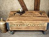 Industrial Truhentisch auf Rollen - Lounge Tisch - Loft Stil - Fabrik chic Couchtisch im Vintage Style - Truhe aus Holz mit Stauraum und Deckel – Holzkiste antik braun - Beistelltisch - Wohnzimmertisch - Holztisch