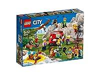 LEGO City 60202 Persone Package - Outdoor Adventures incontrare molti nuovi omini LEGO godere della natura nel kit LEGO City 60202 Persone Package - Outdoor Adventures! Seguire le indicazioni per il campo, mettere la tenda e poi andare in questa avve...