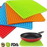 Silicone Pot Holder,BPA Free Mat,2 PC Square Mat, Hot Pads, Perfect For Modern Home Decor, Silicone Heat Resistant Coasters,Cup Insulation Mat, Tableware Insulation Pad Potholders Insulation Non-slip Mat,Non Slip, Flexible, Durable, Heat Resistant,Dining