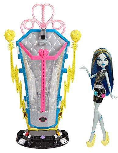 Mattel Monster High BJR46 - Frankie und Ladestation, inklusive Puppe