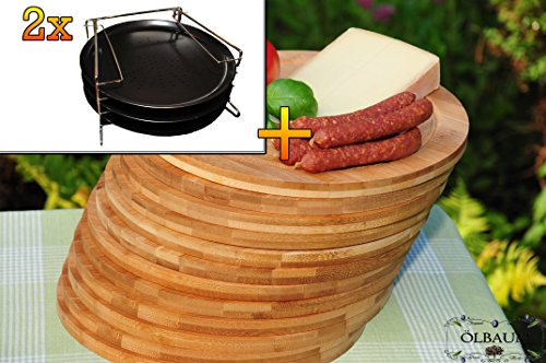 6 Stk. rundes Pizzablech mit gelochtem Boden + 2x 4 stufiger Edelstahl-Pizzablechhalter, TRADITIONELL, ca. 33 cm x 1 mm & 12 mal Schneidebrett - massive, hochwertige ca. 12 mm starke Picknick Grill-Holzbretter mit Rillung natur, dunkles Bambus, Maße rund je ca. 25 cm Durchmesser als Bruschetta-Servierbrett, Brotzeitbretter, Steakteller schinkenbrett rustikal, Schinkenteller von BTV, Brotzeitteller Bayern, Wildbrett, Wildbret,