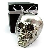 Deko Totenkopf, Toten-Schädel, Skull, originelle Spardose, Metalloptik, im Geschenk-Set, in eleganter schwarzer Geschenk-Box mit Schleifenband, Geschenk für Frauen, Männer, Gothic, Mystik, Fantasy, Dekoration, Party-Geschenk, Halloween, Spardose (silber)