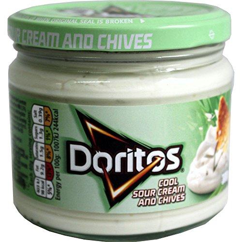 doritos-nacho-chips-dip-sauce-cool-sour-cream-and-chives-300g-glas-sauerrahm-und-schnittlauch