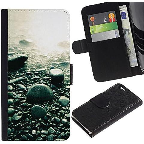 Protector de cuero de la PU de la cubierta del estilo de la carpeta del tirón BY RAYDREAMMM - Apple Iphone 5 / 5S - Guijarros de la