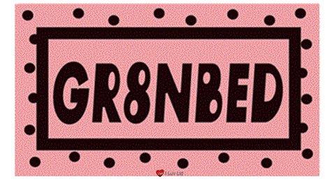Sticker GR8NBED Schwarz und Pink