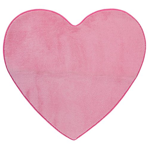 heart-shaped-microfibre-rug-for-childs-bedroom-colour-pink