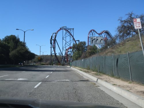 six-flags-magic-mountain-amusement-park-and-castaic-california-where-is-castaic-and-why-do-i-want-to
