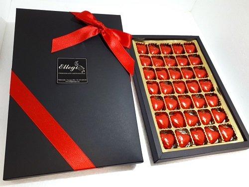 Scatola san valentino 35 cioccolatini a forma di cuore artigianali