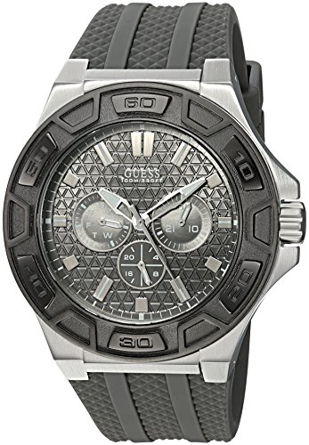 GUESS Men's Quartz Stainless Steel and Silicone Casual Watch, Color:Grey (Model: U0674G8)