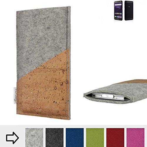 flat.design Handytasche Evora mit Korktasche für ZTE Blade V8 64 GB - Schutz Case Etui Filz Made in Germany in hellgrau mit Korkstoff - passgenaue Handy Hülle für ZTE Blade V8 64 GB