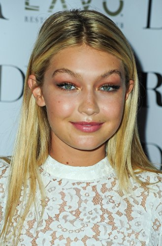 Gigi Hadid At Arrivals For Dujour Magazine Fall 2014 Issue Party Photo Print (40,64 x 50,80 cm)