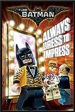 Lego Batman - Always Dress To Impress - Kino Film Poster Plakat Druck - Größe 61x91,5 cm + Wechselrahmen der Marke Shinsuke® Maxi aus Kunststoff schwarz - mit Acrylglas-Scheibe.