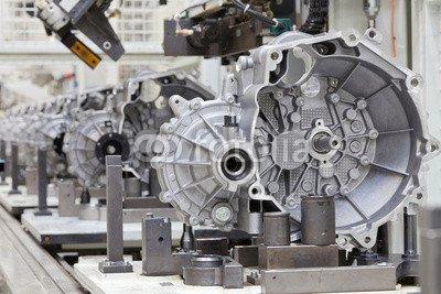 """Alu-Dibond-Bild 140 x 90 cm: """"Auto Produktion Getriebegehäuse Schaltgetriebe"""", Bild auf Alu-Dibond"""