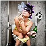 Wallario Möbeldesign - Glasbild , Motiv-Glasplatte , Schutzplatte , Abdeckplatte mit Motiv - geeignet für Ikea Lack Tisch, Größe: 55 x 55 cm, Motiv: Kloparty - Sexy Frau auf Toilette Zigarette und Schnapsflasche - farbig