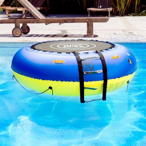 infactory Wassertrampolin: 4in1-Trampolin für Wasser und Garten (Aufblasbares Trampolin)