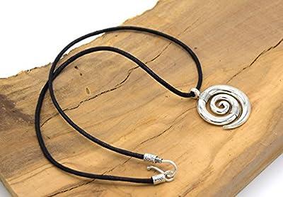 EthnicFeather - Pendentif spiral celte, Collier de Protection. Homme ou Femme. Cercle escargot métal argenté. Pendentif argenté, collier ras du cou