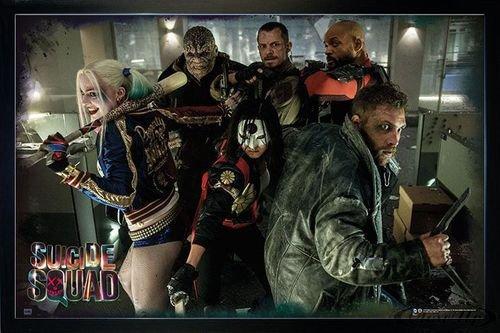 Suicide Squad Poster Team (96,5x66 cm) gerahmt in: Rahmen schwarz