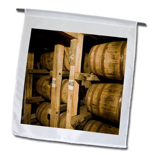 3drose-fl-90443-1-kentucky-makers-mark-bourbon-lampara-us18-wbi0062-walter-bibikow-bandera-de-jardin