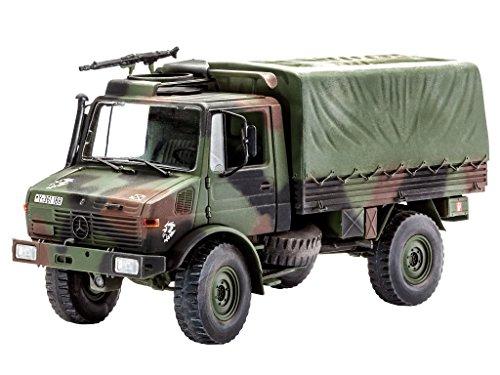 Revell 03082 - Modellbausatz  - LKW 2t. tmil gl Unimog im Maßstab 1:35
