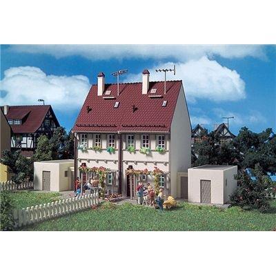 3642 - Vollmer H0 - Doppelhaus mit Garagen