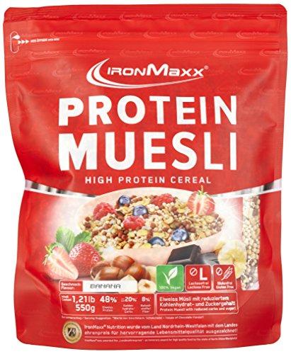 (IronMaxx Protein Müsli Banane – Veganes Fitness Müsli laktosefrei und glutenfrei – Eiweiß Müsli mit Bananengeschmack – 1 x 550 g)