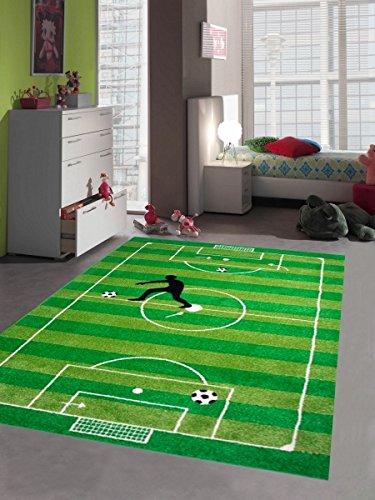 Kinderteppich Spielteppich Kinderzimmer Teppich Fußball Teppich in Grün Hellgrün Schwarz Weiss Größe 120x170 cm