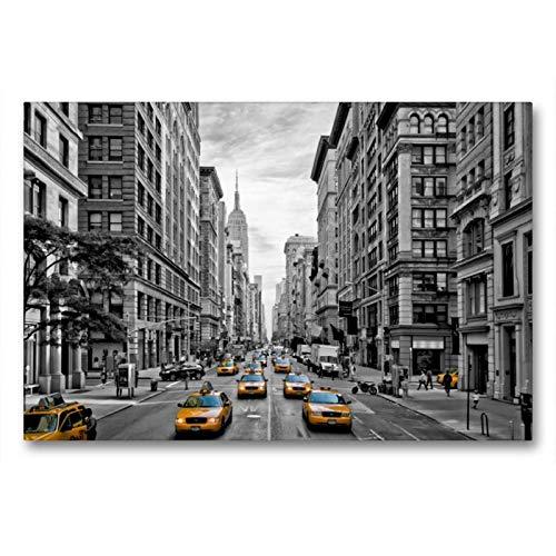 Calvendo Premium Textil-Leinwand 90 cm x 60 cm quer, NYC 5th Avenue Yellow Cabs | Wandbild, Bild auf Keilrahmen, Fertigbild auf echter Leinwand, Leinwanddruck: Straßenszene aus Manhattan Orte Orte