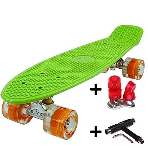 FunTomia Mini-Board 57cm Skateboard mit oder ohne LED Leuchtrollen inkl. Aluminium Truck und Mach1 ABEC-11 Kugellager in verschiedenen Farben zur Auswahl T-Tool (Deck in grün2 / Rollen in orange mit LED + T-Tool + weichen Lenkgummis)
