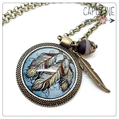 Sautoir Illustré Plumes Attrape Rêves Marron et Bleu en Métal Bronze avec Cabochon en Verre, Breloque et Perle en Jade