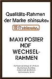 empireposter - Rahmen Maxi 61x91,5 cm - Profil: 30mm MDF Walnuß - Größe (cm), ca. 65,8x96,4 - Wechselrahmen, NEU - Beschreibung: - Rahmen Wechselrahmen der Marke empire Frames Profil 30mm MDF (Holzfaserwerkstoff) lackiert Acrylglas-Scheibe -