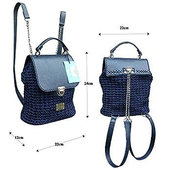Dunkelblauen lederrucksack mit Kette.Damentasche mit rucksackfunktion. EXKLUSIVER Designer gehäkelte Rucksack.Ungewöhnlichen Design.Unikat