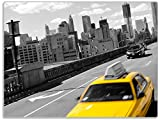 Wallario Stilvolle Glasunterlage/Schneidebrett aus Glas, New York Yellow Taxi II, Größe 30 x 40 cm, Kratzfest, aus Sicherheitsglas