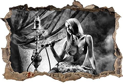 Monocrome, Schöne Frau mit Shisha Wanddurchbruch im 3D-Look, Wand- oder Türaufkleber Format: 92x62cm, Wandsticker, Wandtattoo, Wanddekoration