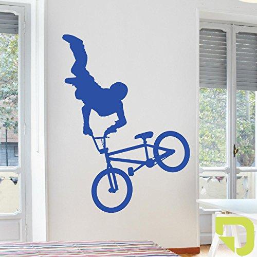 DESIGNSCAPE® Wandtattoo Cooler BMX Fahrer 86 x 120 cm (Breite x Höhe) hellgrün DW810061-M-F87
