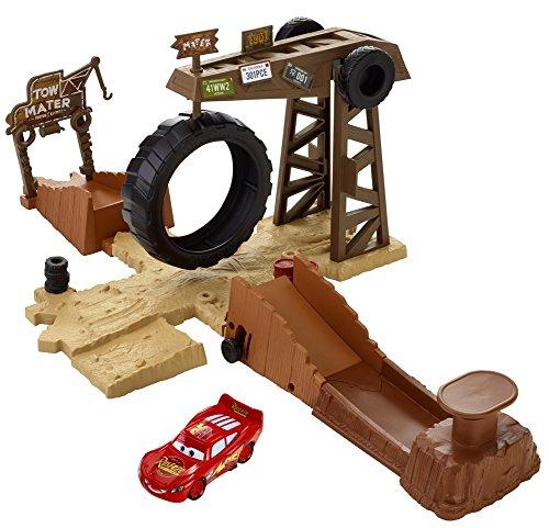Disney/Pixar Cars Story Sets Mater's Challenge Playset by Mattel (Disney Cars Spielset)