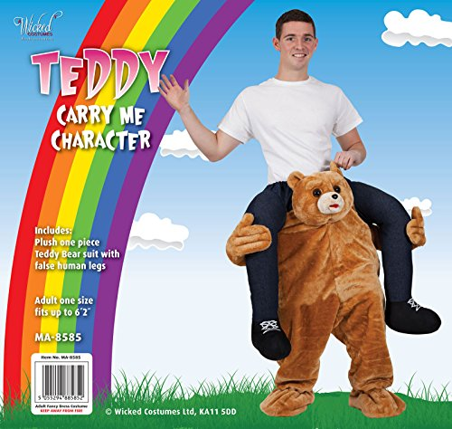 Imagen de disfraz de oso llevando a hombros. disfraz para adulto alternativa