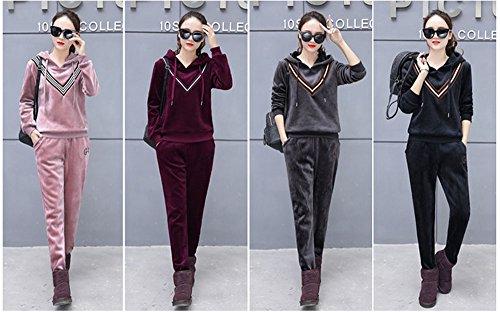 Tuta donna completa con cappuccio e pantaloni da jogging in velluto da donna. Set da 2 pezzi Nero