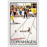 Wunderbares Kopenhagen - Dänemark - Mutter Ente mit ihren Entlein überqueren die Straße - Alte Welt Reise Plakat Poster von Viggo Vagnby c.1959 - Kunstdruck - 31cm x 46cm