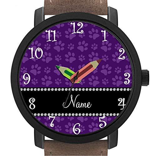 Geschenk für Erwachsene | Kinder | Geburtstag | Stilvolle niedliche Armbanduhr mit Bleistift Form Pointer Ornament Geschenk 297.Personalisierte Namen lila Hund Pfote-Drucke -