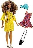 Barbie FJF70 Fashionistas Puppe + Mode Geschenkset im gelben Spitzenkleid