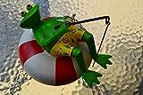 Teichfigur Frosch- hübscher großer Schwimmfrosch auf Retttungsring mit Angel, grün-weiß-rot- robuste Ausführung- wetterfest