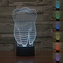 3D Lámparas Illusions óptico,KINGCOO 3D Visual Lámpara de Mesa Luces de Noche 7 Cambio de Color USB Botón Táctil Atmósfera de Lámpara de Escritorio (Diente)