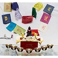 Rituale scatola contenente Khadga, Bandiere di preghiera, Asta Mangala, Rosario e altri oggetti