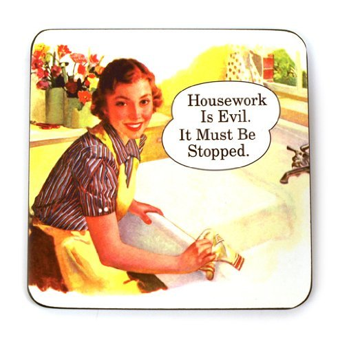 presentoir-a-bouteilles-housework-is-evil-it-must-be-stopped