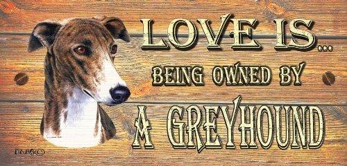 greyhound-in-legno-con-targa-da-parete-love-is-being-regalo-di-proprieta-di-un-levriero